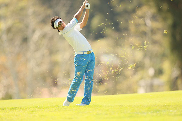 Ishikawa's 2-over 73 included two birdies, two bogeys and a double-bogey.