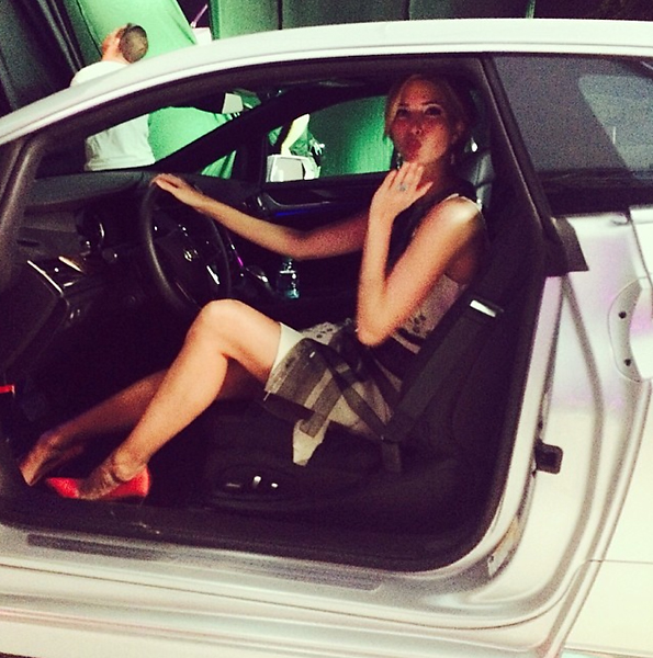 @ivankatrump Maybe I should bring this @Cadillac back to NY with me? It's been a great week @trumpdoral @cadillacchamp ( shoes #ivankatrump + dress #CarolinaHererra ) xx Ivanka