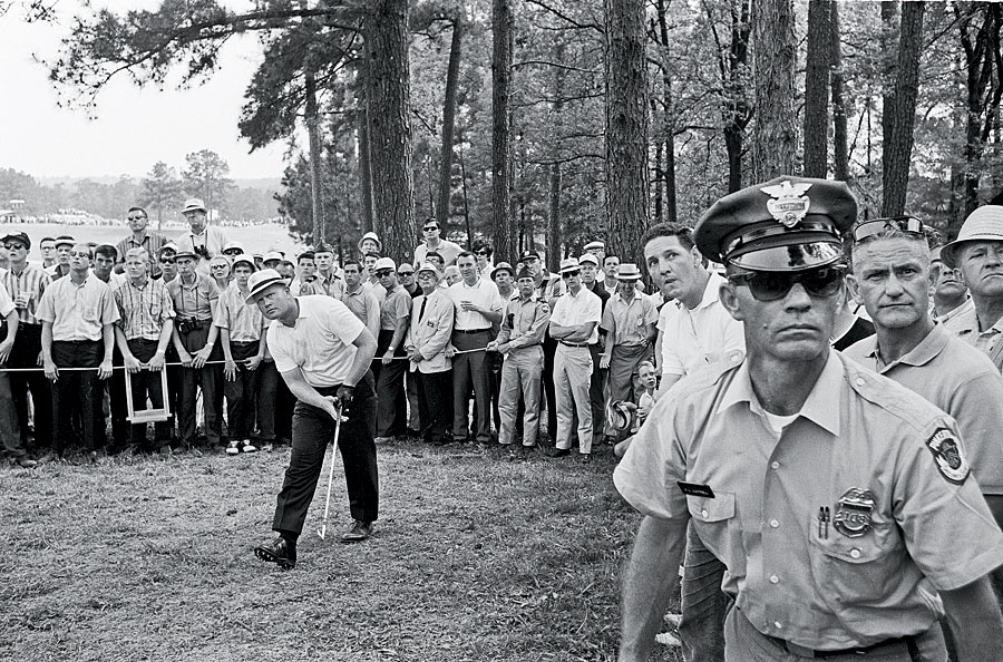 Nicklaus dominated the 1965 Masters with a tournament record of 17-under 271.