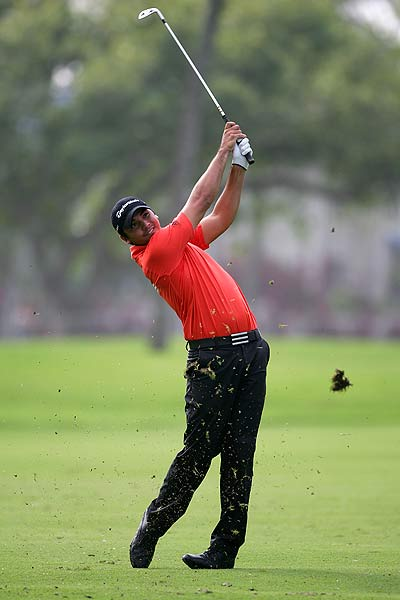 Jason Day's round got off to a rocky start with three bogeys and a double bogey. He is T126 at three over par.