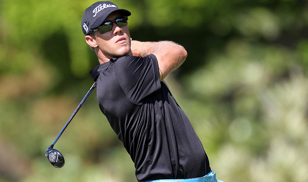 Graham DeLaet fired a seven-under 63 to take the lead through one round at the Sony Open.