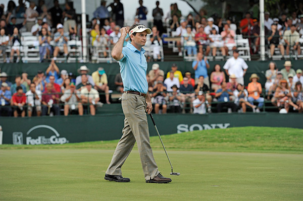 Mark Wilson birdied the 18th hole to solidify his victory at the Sony Open, the third win of his career.