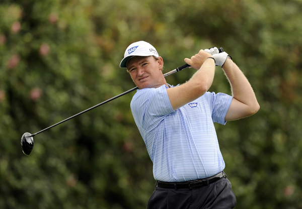Ernie Els, who has never finished outside the top 5 at the Sony Open, made the cut by one stroke.