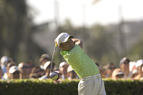 Shigeki Maruyama, who got into the Sony Open on a sponsor's exemption, is one shot behind Johnson.