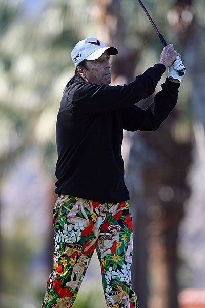 It seems Alice Cooper is taking his fashion cues from John Daly these days. Cooper sported Daly's now-trademark Loudmouth pants last week at the Bob Hope Classic.
