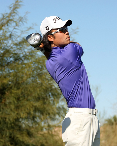 Kevin Na birdied four of his final six holes to climb back into contention.