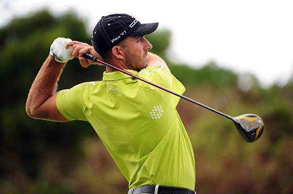 First Round of the Mercedes-Benz Championship                       U.S. Open winner Geoff Ogilvy took a one-stroke lead in the first round after shooting a bogey-free 67.