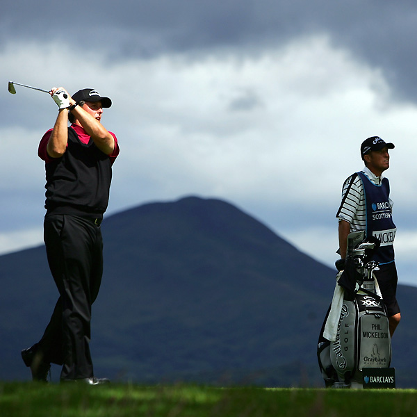Phil Mickelson grabbed a one-shot lead at the Barclays Scottish Open at Loch Lomond Golf Club Saturday with a three-under 68.