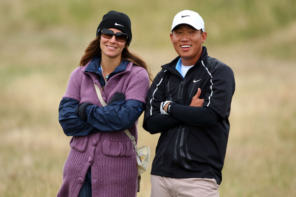 Anthony Kim was joined by girlfriend, Lisa Pruett, during his practice round.