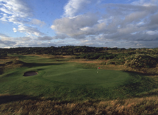 Royal Troon (Old)                                          Troon, Scotland