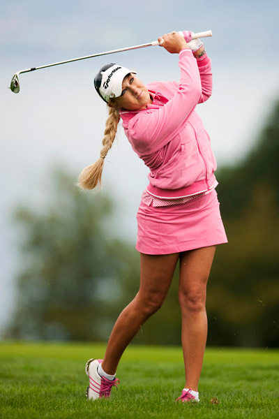 Natalie Gulbis struggled to a one-over 73 but will make the cut comfortably.