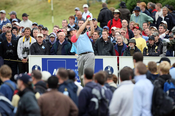 Ernie Els, the 2002 Open champ, tied for fourth after a 69.