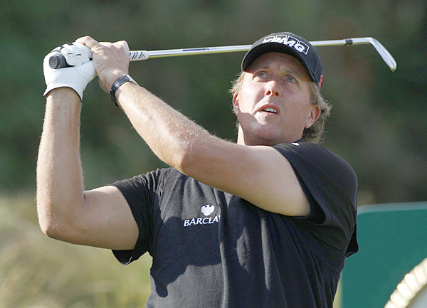 Phil Mickelson rebounded from a first-round 73 with a 67 on Friday.