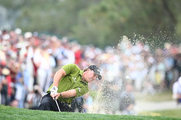 """I didn't get the momentum of the round,"" Mickelson said."