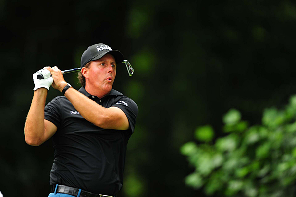 didn't have a happy 41st birthday. Mickelson hit only eight greens and five fairways in his round of 3-over 74.