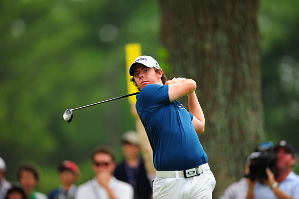 shot to the top of the leaderboard, with six birdies and no bogeys on Thursday at Congressional.