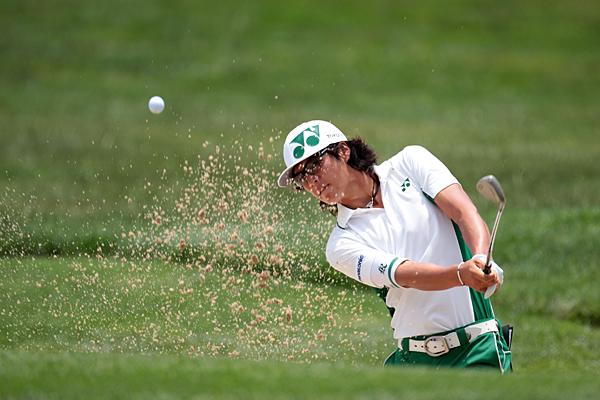 Ryo Ishikawa finished with consecutive bogeys to shoot 74.