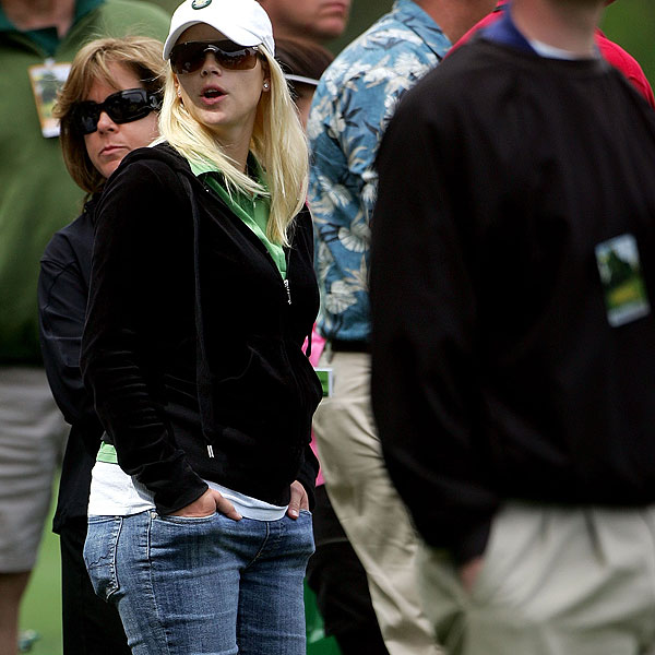 A pregnant Elin watched Tiger play during the first round of the 2007 Masters.