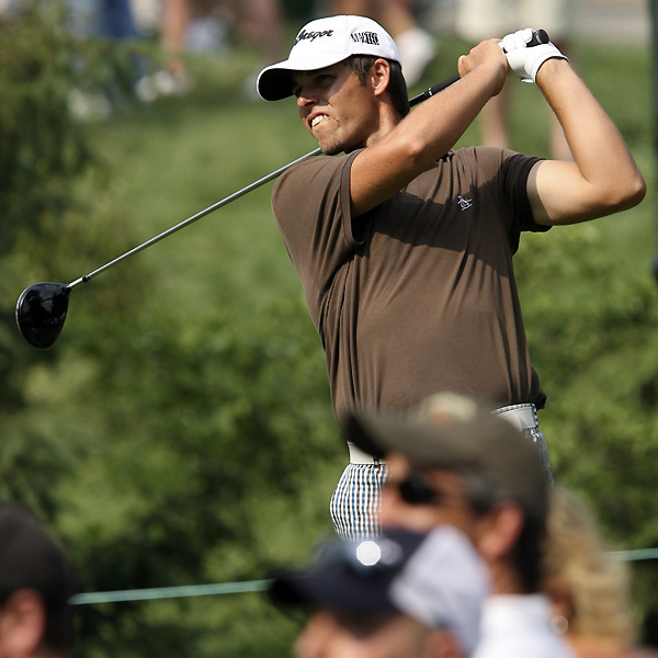 Aaron Baddeley is only two shots behind after rounds of 66-68.