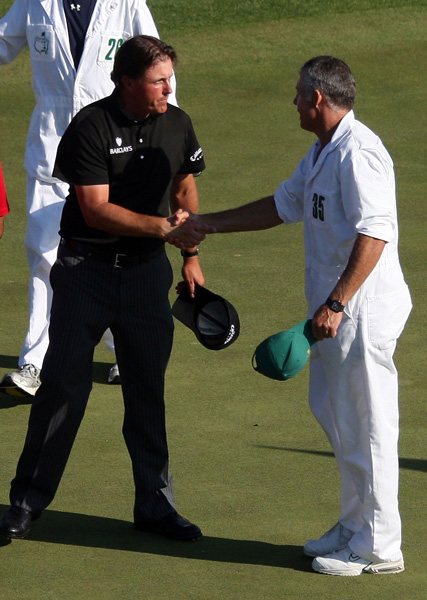 "Tiger's caddie used an expletive to describe Mickelson at a 2008 gathering in New Zealand, and was later quoted saying, ""I don't particularly like the guy. He pays me no respect at all and hence I don't pay him any respect. It's no secret we don't get along either."" Said Mickelson: ""After seeing Steve Williams' comments all I could think of was how lucky I am to have a class act like Bones [caddie Jim Mackay] on my bag and representing me.""Steve Williams vs. Phil Mickelson                       Keep up and shut up? Williams forgot the caddie's golden rule in 2008 when he bad-mouthed Mickelson to a British newspaper. ""I don't particularly like the guy. He pays me no respect at all and hence I don't pay him any respect. It's no secret that we don't get along either."" Mickelson's comebacker? ""After seeing Steve Williams' comments all I could think of was how lucky I am to have a class act like Bones (aka, Jim Mackay) on my bag and representing me."""
