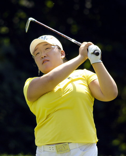 Third Round of the Wegmans LPGA                                          Jiyai Shin extended her lead to four shots after a five-under 67.
