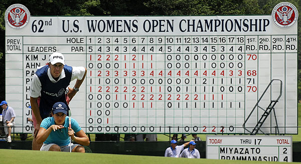 Ochoa was at even par by the end of her round, three strokes off the lead.
