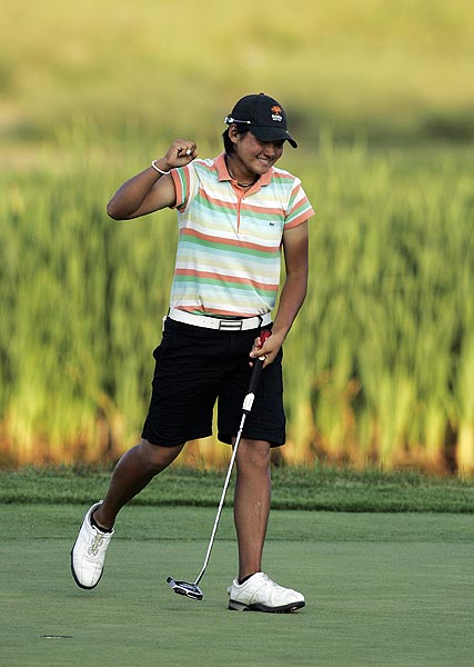 Rookie Yani Tseng, playing in only her third major championship, became the youngest winner of the LPGA Championship, when she beat Maria Hjorth in a four hole playoff.