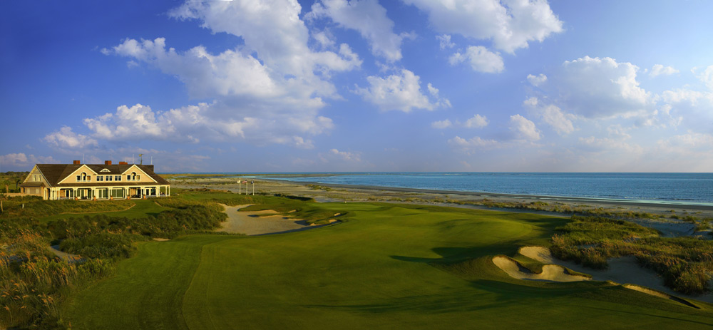 "3. The Ocean Course at Kiawah Island Resort -- South Carolina (1991) The ""War by the Shore"" took place over a brand new Pete Dye course that played so hard that Ryder Cuppers such as Raymond Floyd and Nick Faldo wondered aloud if they might not break 80 -- or even finish the round -- if the event were stroke play. Ranked No. 45 in the World, Kiawah's Ocean Course may not be a textbook links, but it dished out a thrilling match play test that windy week, when Bernhard Langer's missed six-footer returned the Cup to the U.S."