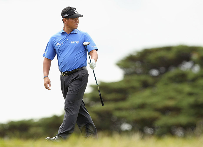 K.J. Choi wields Miura CB–501 blade irons and TaylorMade woods.