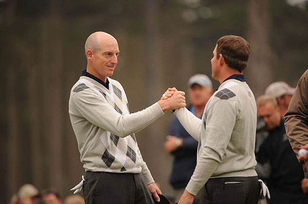 Justin Leonard and Jim Furyk had no trouble picking up a point from Ernie Els and Adam Scott. They won the match 4 and 2.