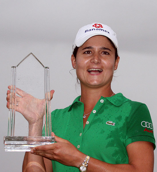 successfully defended her title at the Navistar LPGA Classic.