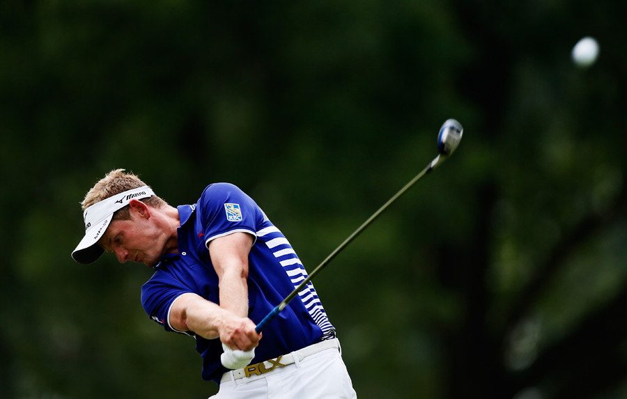 Luke Donald bogeyed two of the last four holes for a one-over 71.
