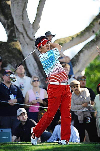 Young-Eun Yang                       Age: 36                       Hometown:  Seoul, South Korea Yang held off Tiger  Woods by two shots at the HSBC Champions tournament in '06, interrupting  Woods's streak of six straight stroke-play wins. Yang's also a four-time winner  on the Japan tour and won the '06 Korea  Open. He got into nine PGA Tour events  last year — his best finish was a 30th at the  Masters — and he tied for sixth at Q school. He's not a big hitter but  is good with a wedge and an excellent scrambler. His best result so  far this year is a tie for ninth at Pebble Beach.