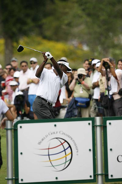 Vijay Singh, who had back-to-back birdies on No. 16 and 17, finished one stroke behind Ogilvy.