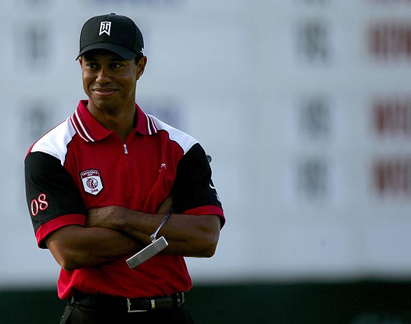 Tiger Woods's two under par was good enough to beat Justin Rose and Retief Goosen and score two points for his team.
