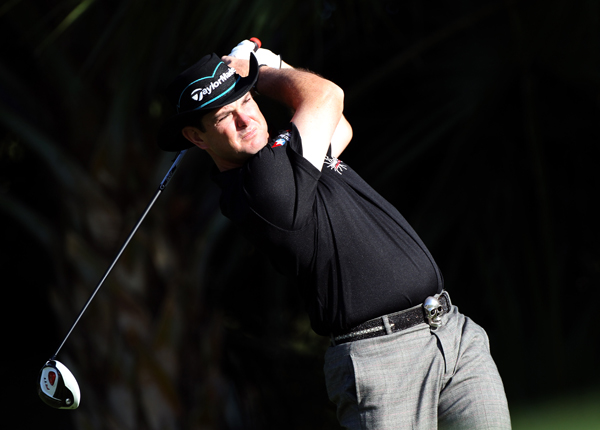 Rory Sabbatini tied the course record with a 6-under 64.