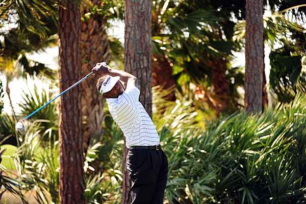 Vijay Singh has two top-3 finishes this year, but he won't be around for the weekend after rounds of 77-72.