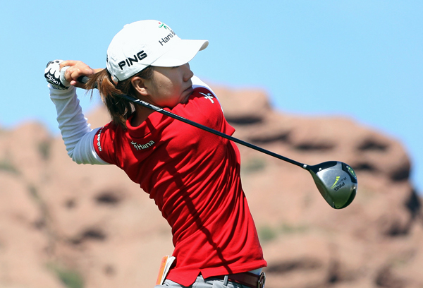In-Kyung Kim shot a 68 to grab a two-shot lead.