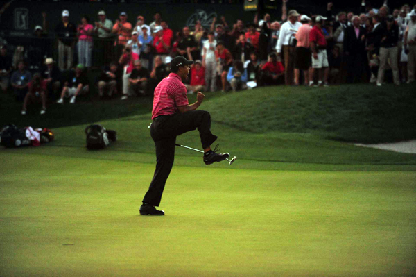 Woods won Arnold Palmer's tournament for the sixth time.