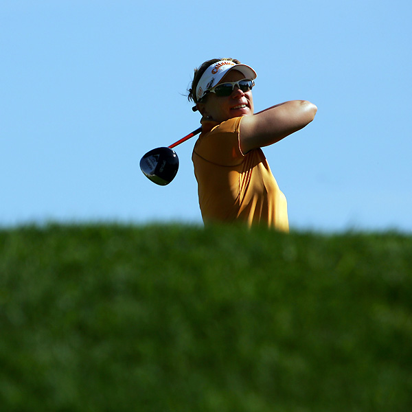 Annika Sorenstam shot a 1-under 71, but she is out of contention at 6-over par.