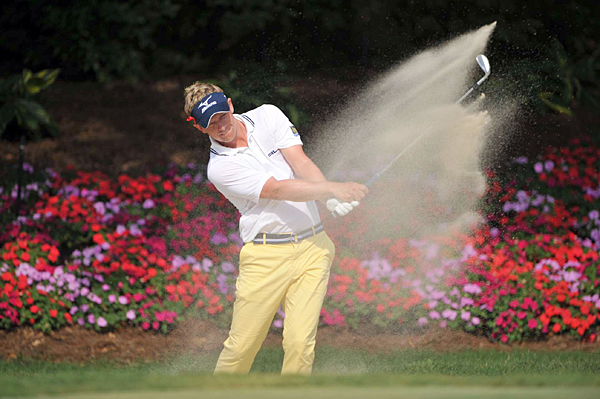 Luke Donald birdied two of the last three holes for a 5-under 67.