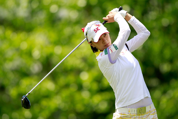 Na Yeon Choi beat Sophie Gustafson, 2 up.