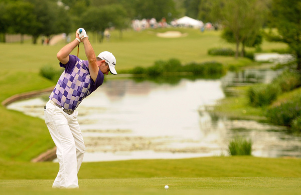 Second Round of the HP Byron Nelson Championship                       Rory Sabbatini moved into a tie for first with a six-under 66.