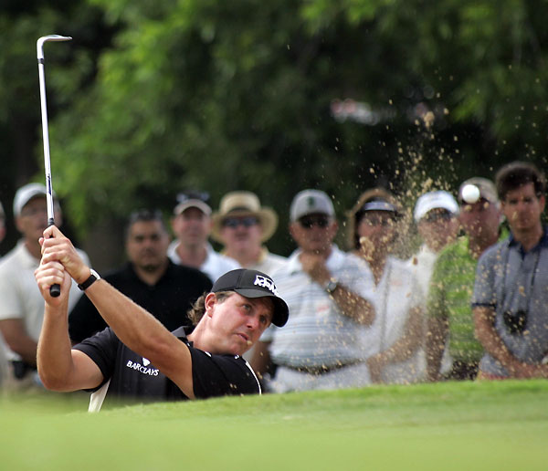 Second Round of Crowne Plaza Invitational at ColonialPhil Mickelson had a shaky start on Friday, but he made three birdies in a row to finish at seven under.