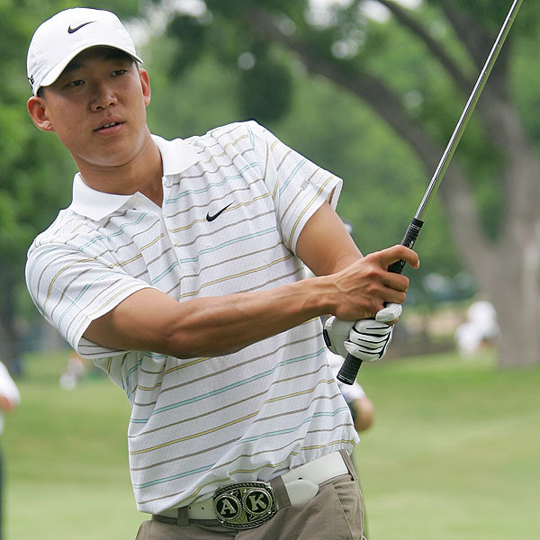 Anthony Kim birdied the last six holes, the longest birdie streak on the PGA Tour this season, to finish a round of 7-under and take the lead Thursday in the uncompleted first round at the Colonial.