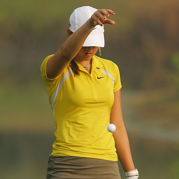 Wie's round got even worse on the third hole. She made a 10 on the par 5 to move to 12 over on her round.