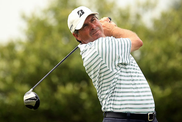 Fred Couples had a bogey-free round until he missed a short putt on 18.