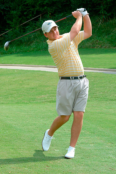 McDowell attended the University of Alabama-Birmingham, where he starred on the golf team, eventually winning the 2002 Haskins Award as the top collegiate golfer in the United States. He majored in economics and engineering.