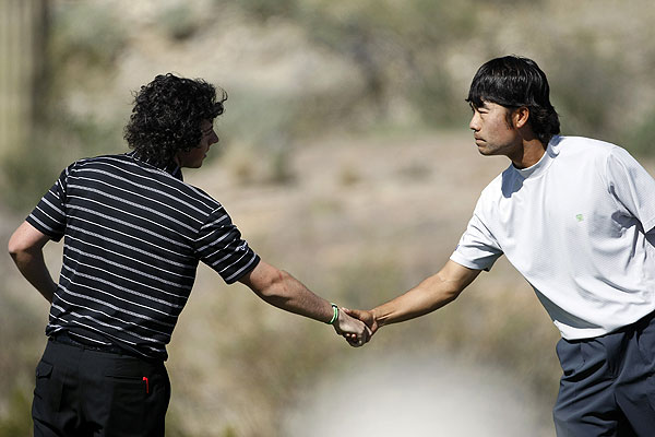 won his match against Kevin Na with a 1-up lead.