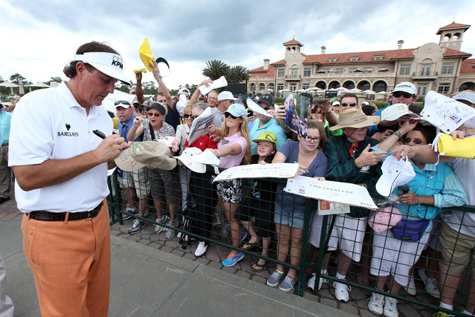 Mickelson had plenty of fans waiting for his autograph.